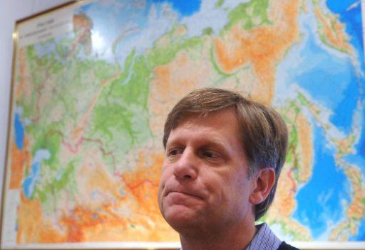 السفير الأمريكي في موسكو يدعو روسيا إلى الضغط على الأسد من أجل إعلان هدنة إنسانية