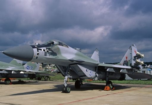 مسؤول روسي: حجم الصادرات العسكرية الروسية بلغ عام 2011 الى 13.2 مليار دولار