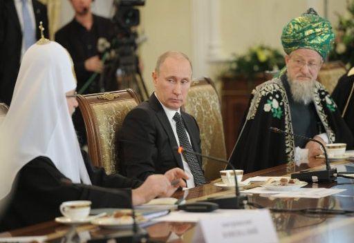 بوتين: يتعين على المجتمع الدولي منح شعب سورية فرصة تقرير مصيره بنفسه