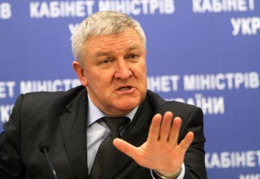 رئيس أوكرانيا يقيل وزير دفاعها