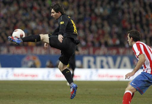 برشلونة يفوز على اتلتيكو مدريد بشق الأنفس