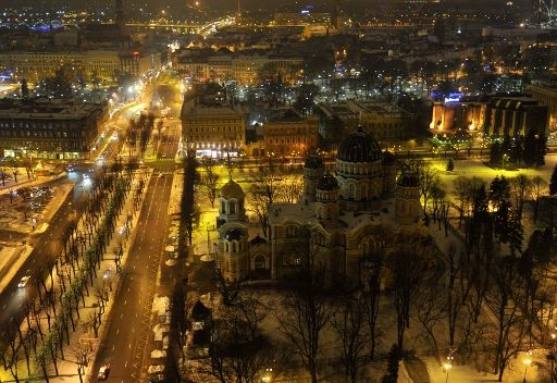 لاتفيا.. استفتاء لجعل اللغة الروسية رسمية وسط تباينات