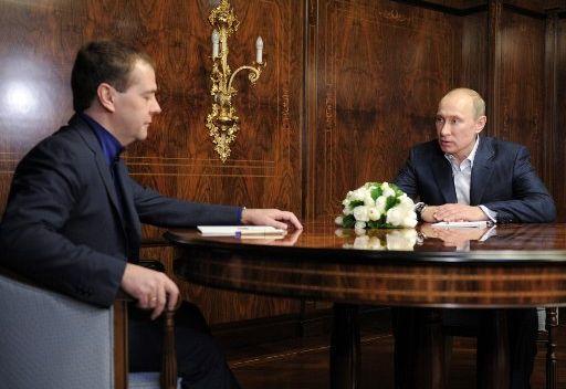 مدفيديف: نتائج الانتخابات الرئاسية تشير الى أن مواطني روسيا يثقون بنهج الدولة