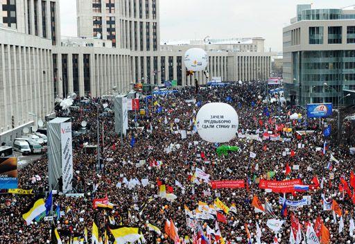 بوتين: احتجاجات المعارضة ظاهرة ايجابية وتصب في خدمة السلطة