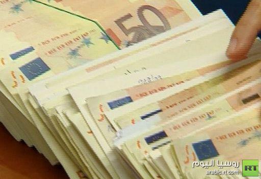 ميركل: قروض المركزي الأوروبي لدول اليورو إجراء مؤقت