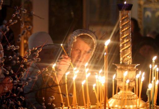 الروس الأرثوذكس يحتفلون بأحد الشعانين.. وبابا الفاتيكان يفتتح احتفالات الفصح