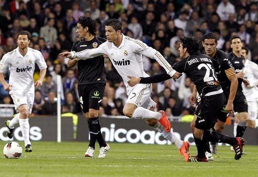 الحظ يخذل ريال مدريد أمام فالنسيا