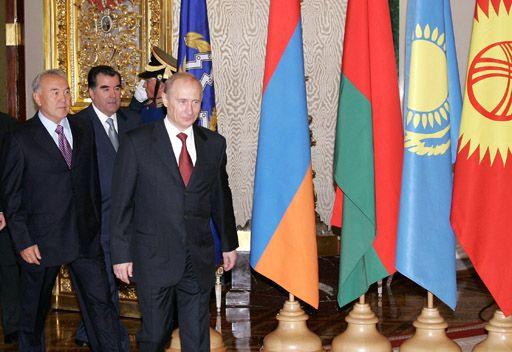 بوتين يستضيف في الكرملين المشاركين في قمتي منظمة الأمن الجماعي ورابطة الدول المستقلة