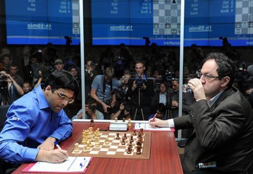التعادل يسود الجولة الـ 12 لبطولة العالم للشطرنج