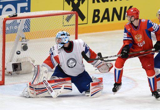 روسيا تبلغ نصف نهائي بطولة العالم للهوكي