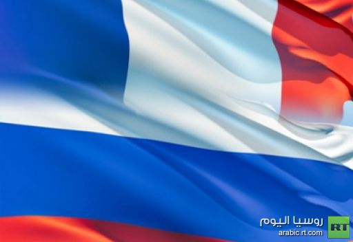 بوتين وهولاند يتبادلان التهاني ويتعهدان بتنمية العلاقات الثنائية