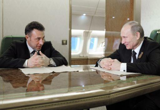 الرئيس الروسي يعين مسؤولا في مصنع ممثلا مفوضا له في الأورال