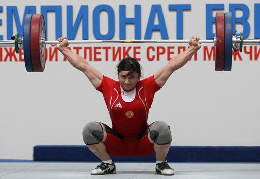 الروسية تساروكايفا تحطم رقمها القياسي العالمي لرفع الأثقال