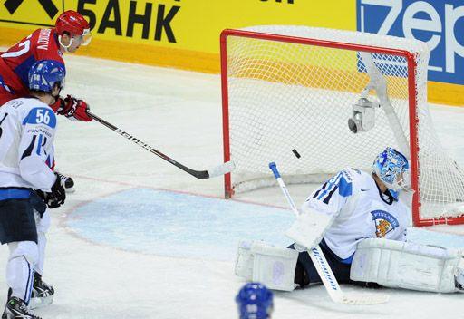 روسيا تبلغ نهائي بطولة العالم للهوكي
