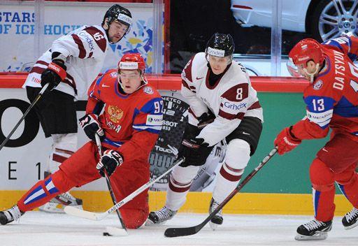 روسيا تهزم لاتفيا في بطولة العالم لهوكي الجليد