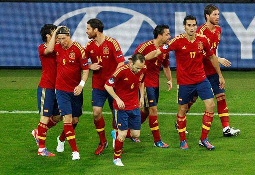 إسبانيا تهزم إيرلندا برباعية وتحجز لها بطاقة العودة