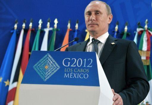 بوتين يدعو كافة القوى السياسية الروسية الى الحوار من اجل بلورة موديل الديمقراطية والتنمية