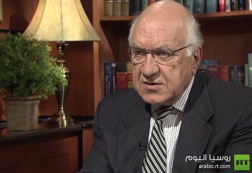 استاذ في القانون الدولي: لا يمكن لعاقل أن يتصور ان السلاح هو الدرب للديموقراطية والاصلاح في سورية