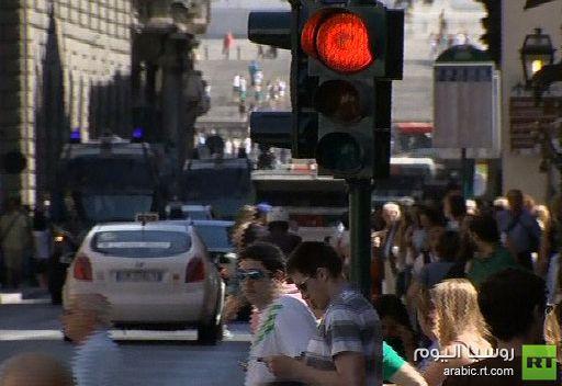 أمريكا تدعو الأوروبيين للإسراع في حل أزمة اليورو