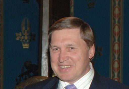 مستشار الرئيس الروسي: تصريحات كلينتون عقدت أجواء المحادثات حول الملف السوري