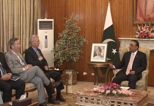 وفد من الكونغرس الأمريكي في باكستان لتهدئة التوتر