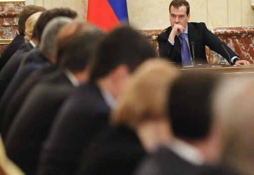 مدفيديف: الاقتصاد الروسي نما بمقدار 4% في الربع الأول من 2012