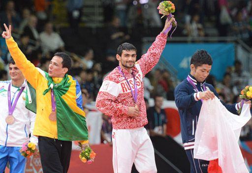 الروسي غالستيان يحرز ذهبية بلاده الأولى في أولمبياد لندن