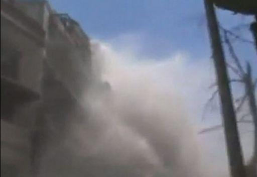 قصف عشوائي على حي جورة الشياح في حمص