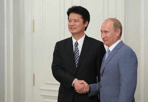 بوتين يشكر محافظ ولاية اكيتا اليابانية على هديته الحية