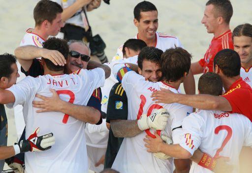 إسبانيا تهزم روسيا في نهائي التصفيات الأوروبية المؤهلة لكأس العالم 2013 لكرة القدم الشاطئية