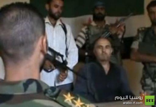 تضارب الانباء حول سبب سقوط مقاتلة سورية شرقي البلاد وتسجيل يظهر قائد الطائرة أسيرا