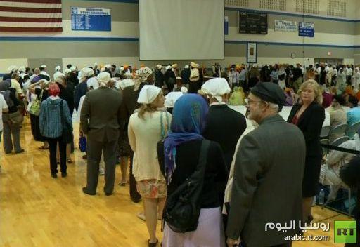 آلاف الأمريكيين يشاركون في تشييع ضحايا حادث معبد السيخ