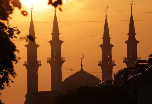 بوتين يهنئ مسلمي روسيا بحلول عيد الفطر