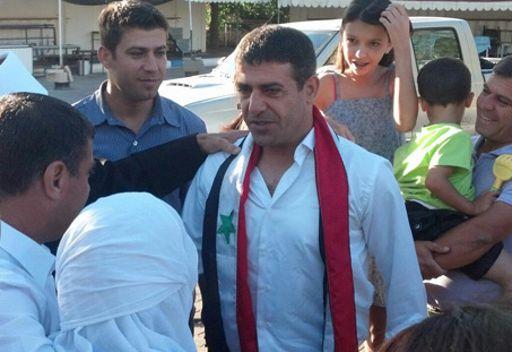 إسرائيل تطلق سراح الأسير السوري صدقي المقت بعد 27 عاما في السجن
