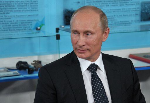 بوتين: من المهم مساعدة حلف الناتو في نقل الحمولات الى افغانستان