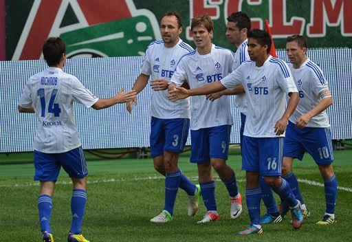 دينامو يحقق باكورة انتصاراته في الدوري الروسي