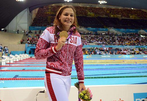 الروسية سافتشينكو تتوج بذهبية 200 م سباحة متنوعة