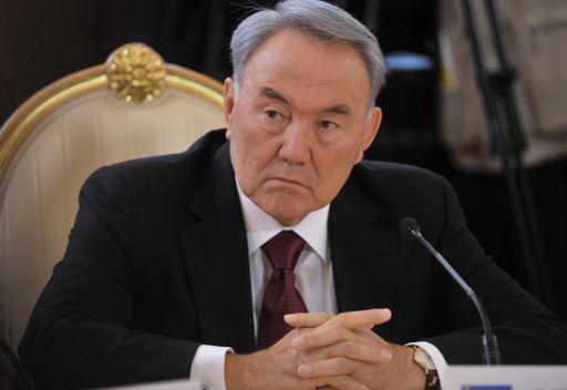 رئيس كازاخستان يحذر من زيادة الاضطرابات والأخطار الإرهابية بسبب الأزمة الاقتصادية
