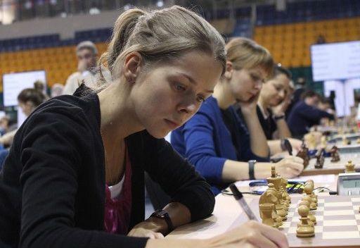 منتخب روسيا للسيدات يفوز بأولمبياد الشطرنج - 2012