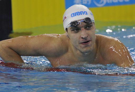 الروسي دونيتس يحرز ذهبية 100 م في كأس العالم للسباحة