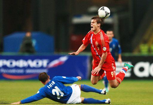 روسيا تفوز بشق الأنفس على أذربيجان في تصفيات مونديال 2014