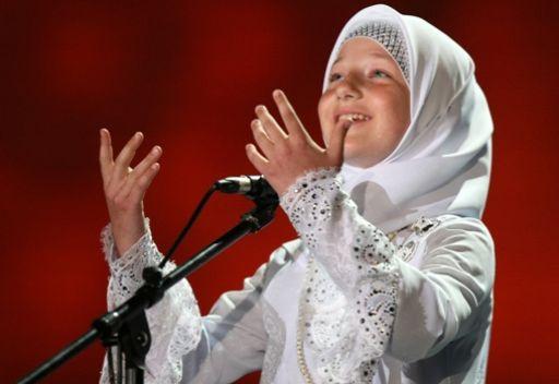 ابنة الرئيس الشيشاني تحفظ القرآن الكريم خلال عامين