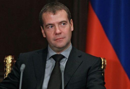 مدفيديف يأمل في ان يرفع فوز المعارضة الجورجية في الانتخابات من مستوى التعددية السياسية