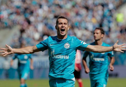 كيرجاكوف يقود زينيت للفوز الأول في دوري الأبطال