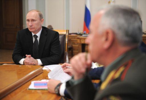 بوتين: علينا مواصلة عمليات أمنية دقيقة لمكافحة الإرهابيين الذين لم يلقوا السلاح