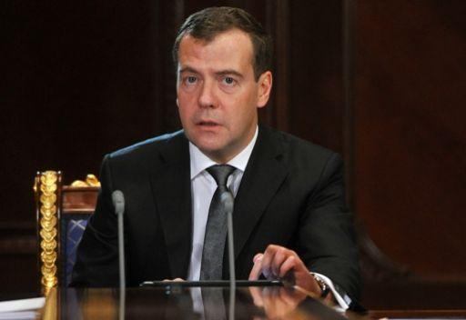 مدفيديف: مطلب رحيل الأسد لن يؤدي إلى إحلال السلام في سورية