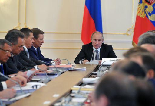 الرئيس الروسي يدعو لشروط جديدة في التعاقدات مع المدربين الأجانب