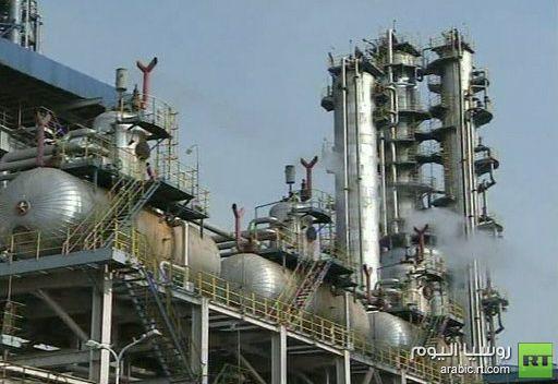وكالة الطاقة تخفض توقعاتها للطلب العالمي على النفط