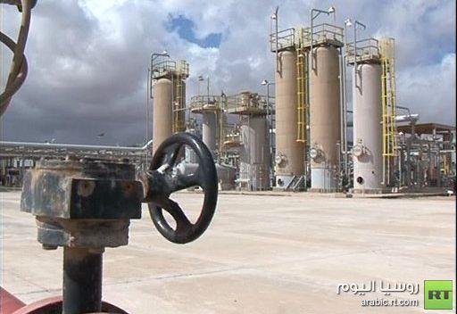 فرنسا تبحث عن غنائم ما بعد القذافي في ليبيا