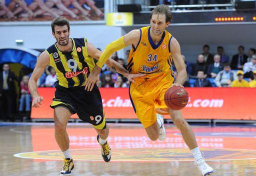 خيمكي الروسي يحقق فوزه الرابع في الدوري الأوروبي لكرة السلة